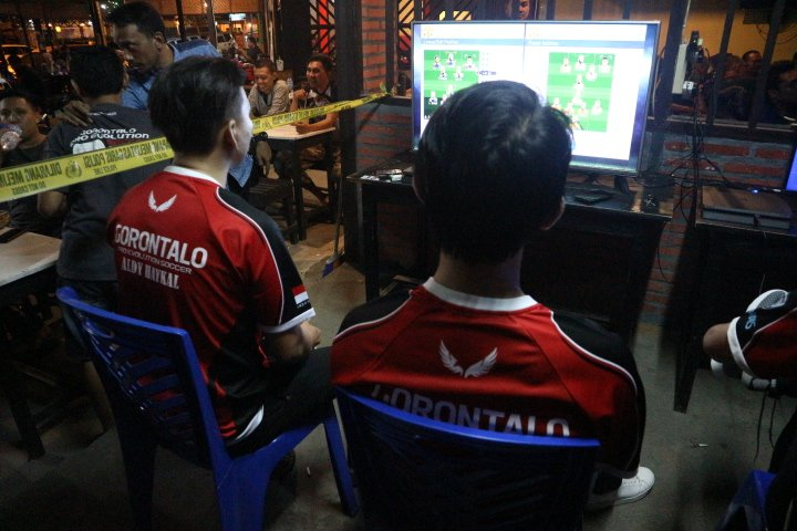 Komunitas PES asal Gorontalo ini juga kerap mengadakan turnamen umum dan juga pertandingan liga khusus anggota komunitasnya. Kegiatan inilah yang nantinya diharapkan dapat menemukan pemain berbakat. Tidak hanya sebatas mengadakan pertandingan, pada beberapa kesempatan, komunitas ini juga ikut berpartisipasi dalam turnamen online PES, dan juga babak kualifikasi online maupun offline yang diadakan secara reguler oleh Liga1PES.