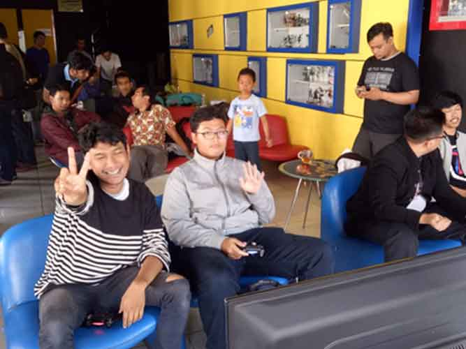 "Suasana lomba 3rd KMPT CUP Tekken 7 ""BREAK THE LIMIT"""