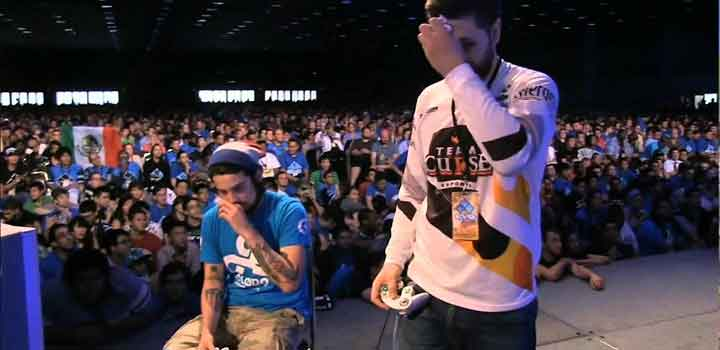 Pertandingan Grand Final Smash di EVO 2014
