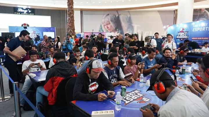 Keseruan peserta First Warriors Surabaya