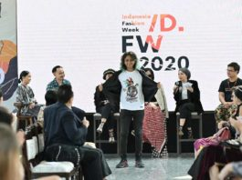 Esports Fashion Curi Perhatian Indonesia Fashion Week 2020